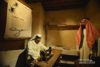 Kehidupan bermasyarakat Dubai pada masa lalu.