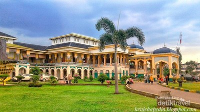Fakta-fakta Menarik Tentang Istana Maimun