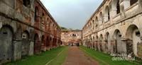 Artistiknya bangunan ini yang dulu dijadikan sebagai tempat pengasingan tahanan