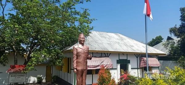 Situs Rumah Pengasingan Bung Karno di Ende