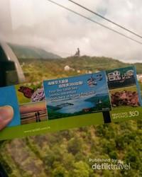 Tiket naik kereta gantung menuju Tian-Tian Buddha