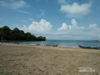 Pemandangan cantik di Pantai Barat Pangandaran