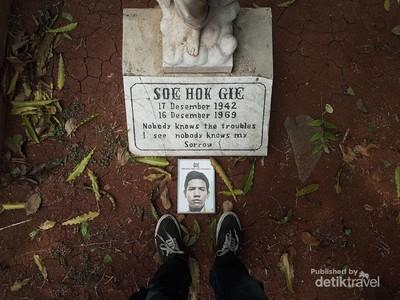 Mengenang Soe Hok Gie di Taman Prasasti
