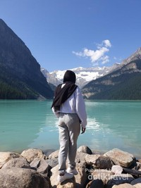 Lake Louise, Banff, Alberta is a beautiful Lake with a crystal clear water