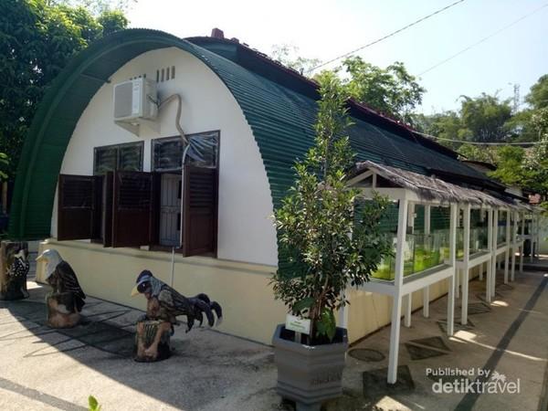 Tampilan rumah bundar yang merupakan museum flora dan fauna Kota Tarakan.