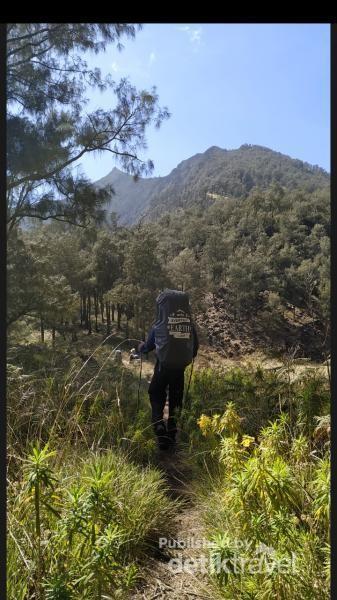 Perjalanan saya menggapai Puncak Ogal Agil Arjuno 3339 mdpl yang tampak di depan mata