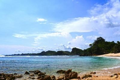 Sudah Tahu? Ini Pantai Cantik di Kota Malang