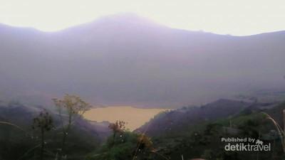 Letusan Gunung Kelud dan Cerita Dendam yang Melegenda