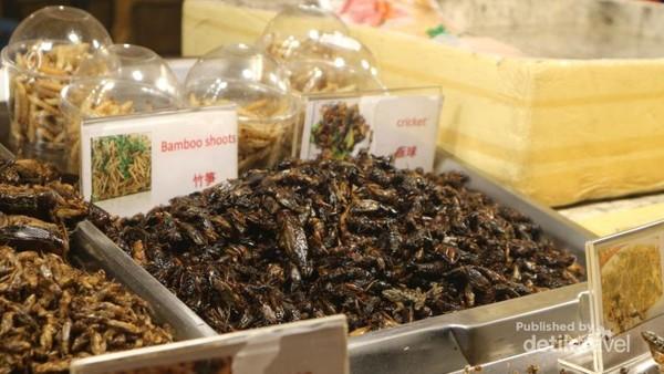 Jika berani, cobain deh aneka jenis serangga yang gurih dan renyah