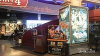 Kita bisa menyaksikan langsung pertarungan Muay Thai disini, tentunya dengan membeli tambahan tiket