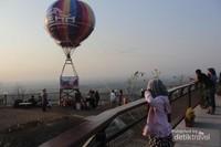 Taman utama Heha Sky View