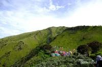 Tujuan wajib bagi para pendaki karena memang keindahannya yang luar biasa