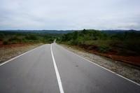 Pastikan BBM full sebelum melewati jalur ini , karena kondisi jalan masih sangat sepi