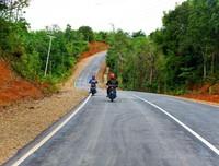 Kondisi jalan dari Lanjak menuju Badau