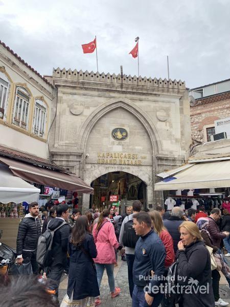 Gerbang Grand Bazaar