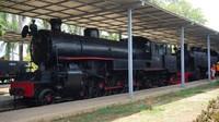 Salah satu koleksi lokomotif C2728 buatan Wekspoor memiliki saudara C2710 yang dipajang di Museum Transportasi di Jakarta.