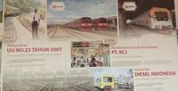 Di lorong museum terdapat infomasi lengkap mengenai sejarah kereta api hingga perkembangannya saat ini.