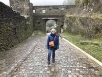 Menyusuri jalanan berbatu menuju kastil Vianden