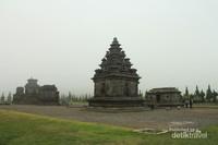 Ada banyak destinasi wisata di daerah Dieng salah satunya Candi Arjuna