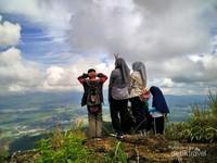Anak-anak Payaserngi peserta Wisata Jalan Kaki