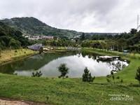 Serunya Berburu Foto Instagramable di Taman Lembah Dewata Lembang