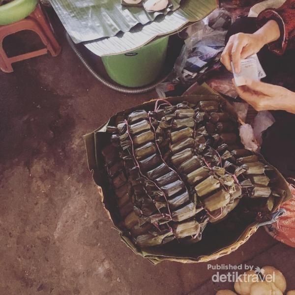 Lapek Kampung Aro, mirip peluru rambo ya?