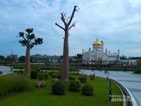 Taman Mahkota Jubile Emas