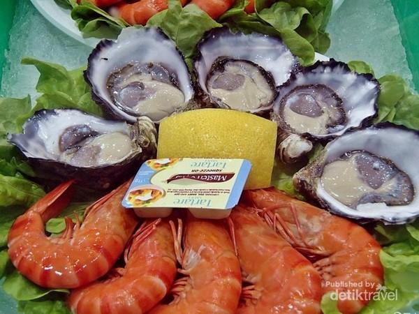 Seafood platter yang bisa kamu coba langsung
