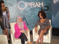 Berfoto bersama Oprah di Madame Tussaud Bangkok