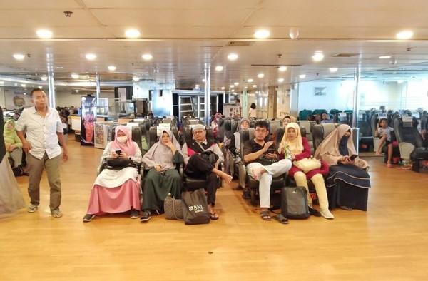 Tempat duduk penumpang di kapal elsekutif
