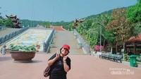 Tidak lupa saya narsis dulu sebelum meninggalkan Ho Quoc Pagoda.