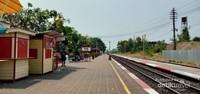 Cantik dan bersihnya jalur kereta api Hua Hin.