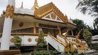 Vihara Dhammadipa Arama, bangunan utama ini menyerupai Pagoda di Myanmar