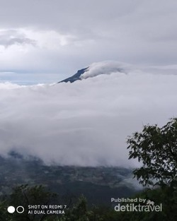 Dari Gunung Sindoro-Padang, Inilah Indonesia