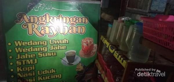 Angringan Reyhan Samarinda.