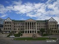 Megahnya salah satu gedung di Hanyang University