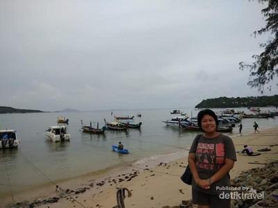 Mengintip Masyarakat Pantai Anti Mainstream di Phuket