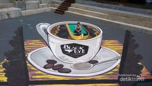 Berfoto di Black Eye Coffee.