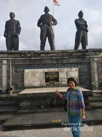 Patung 3 Pahlawan di Monumen Tri Yudha Sakti