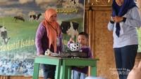 Pengunjung juga akan diajarkan cara mengolah susu perah sebelum layak dikonsumsi