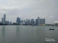 Megahnya bangunan-bangunan dan lanskap Singapura.