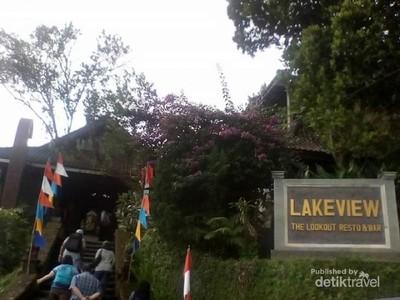 Restoran di Kintamani yang Identik dengan Danau Batur