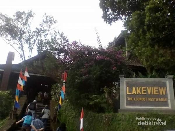 Pintu masuk Lakeview Restaurant