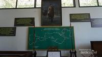 Koleksi khusus Panglima Besar Jendral Sudirman. Terdapat lukisan beliau sedang berkuda, peta perang gerilya, benda-benda yang digunakan ketika perang dan beberapa kutipan dari sang panglima besar.