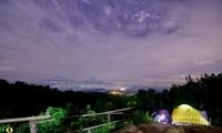 Camping menanti Sunrise di Punthuk Setumbu. foto: dolan-dolan.net