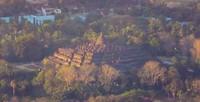 kemegahan candi borobudur ketika dilihat dari puncak suroloyo