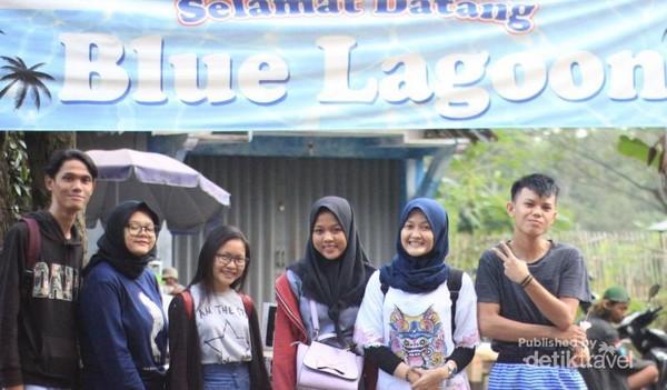 Pintu masuk wisata Blue Lagoon Jogja
