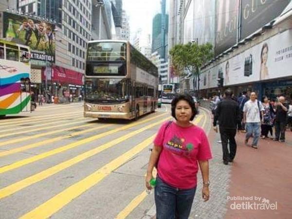 Menyusuri kawasan Causeway Bay Hong Kong