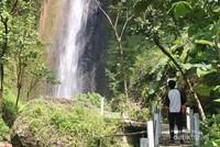 Konon inilah air terjun tertinggi di Yogyakarta.