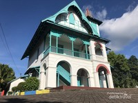 Perpaduan Arsitektur Kolonial Belanda-Bugis, Sulawesi Selatan